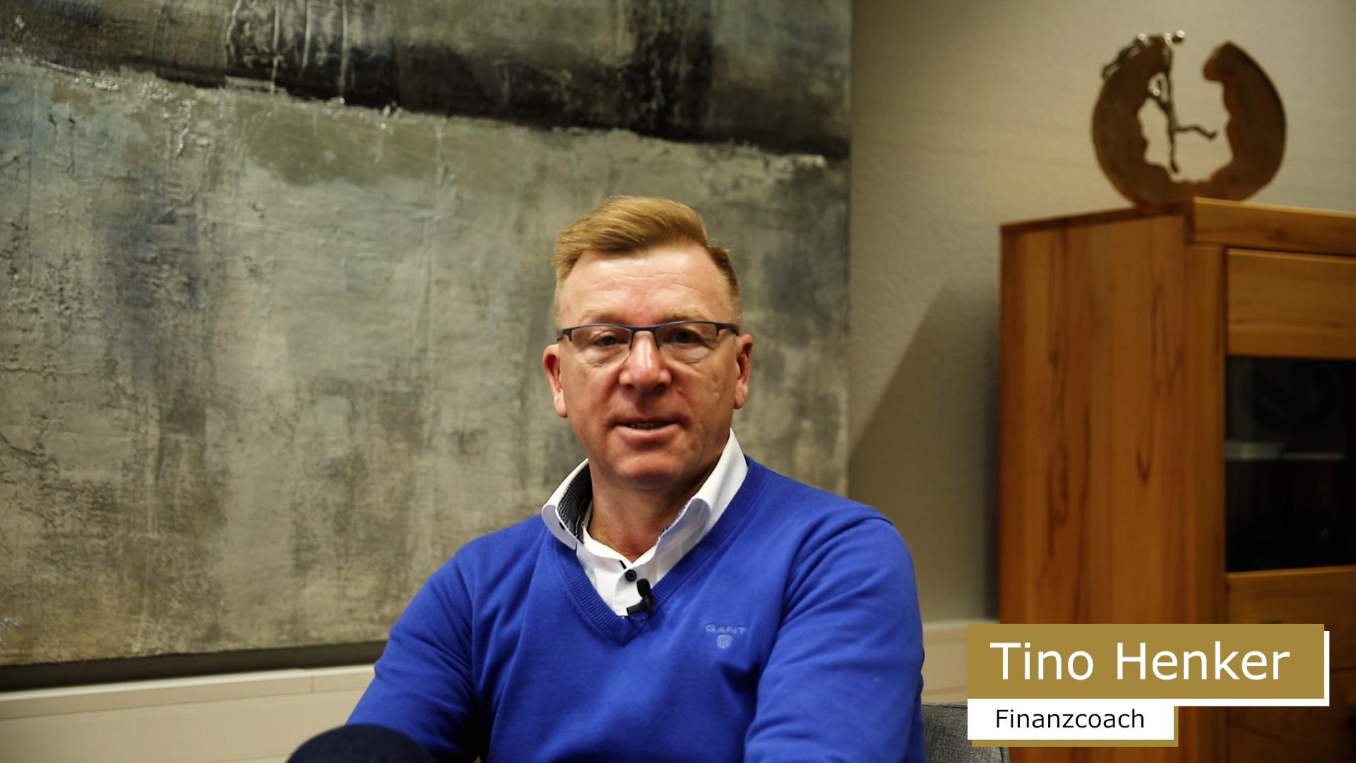 Finanzcoach Tino Henker stellt sich vor.